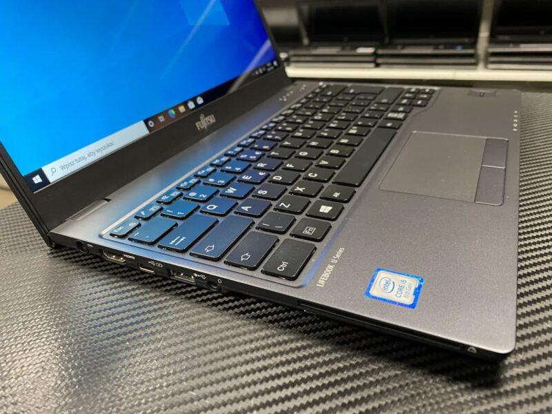 laptop fujitsu U938